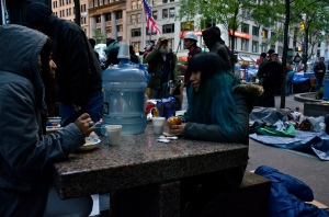 It's a cold and early start to the morning for Occupy Wall Street protesters in Zuccotti Park.